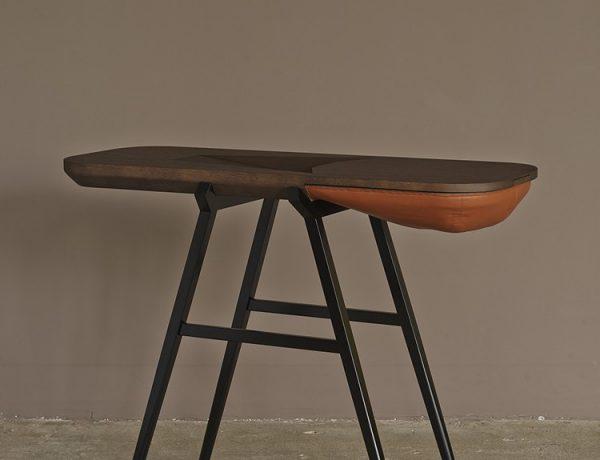 console table Two Amazing Modern Console Tables By Gregoire de Lafforest prancuz balka CP 01 600x460