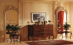 Console Table Best Golden Mirrors for a Luxury Console Table 19 1 240x150