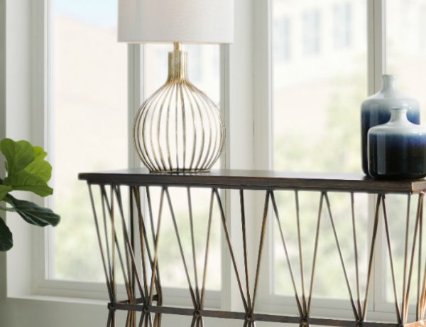 New trends Modern Console Tables New Trends featured 2 600x460