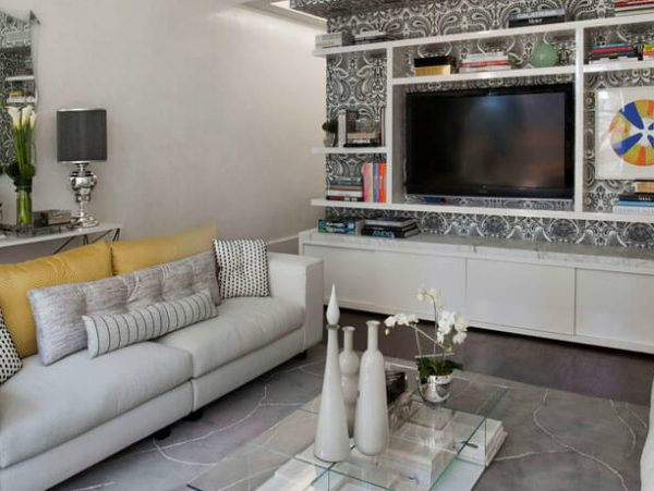 console table Modern Console Tables to Pair with your Sofa COVERR 600x451