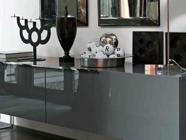 silver console table 10 Silver Console Tables You Must Have AC 600x451