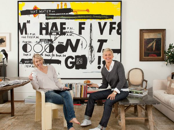 ellen degeneres Celebrity Homes: Ellen DeGeneres Console Table Designs ellen degeneres beverly hills home 17 600x450