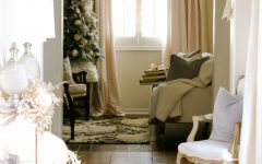 christmas season Perfect Entryway Décor for the Christmas Season COVER 240x150