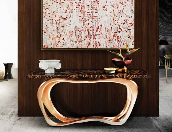 console table Top Ideas to Arrange Art Above a Console Table Top Ideas to Arrange Art above Console Table14 600x460