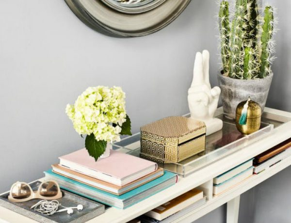 console table How To Style The Perfect Console Table featured 8 600x460