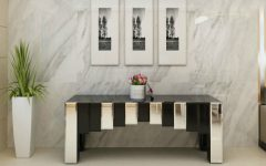 mirrored console table Mirrored Console Table Designs To Inspire You feat 240x150