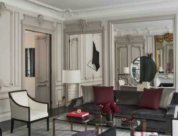 living room Elegant Entryway and Living Room Designs by Champeau & Wilde 4 600x460